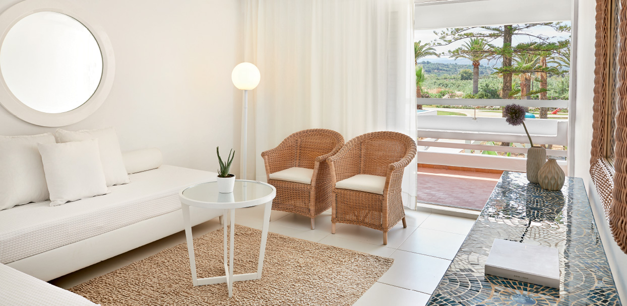 Family-Accommodation-in-White-Palace-Rethymno-Crete