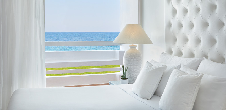 04 Luxury-Family-Suite-with-Sea-View-White-Palace-Rethymno