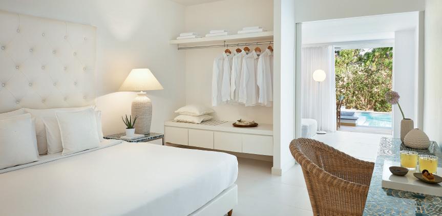 01-Swim-Up-Family-Guestroom-Luxme-White-Palace-Rethymno-Crete