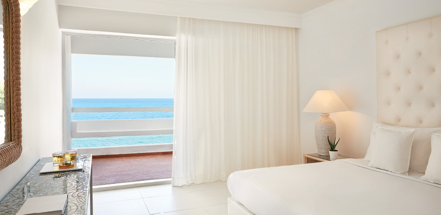Sea-view-Guest-Room-in-Crete-White-Palace-Resort