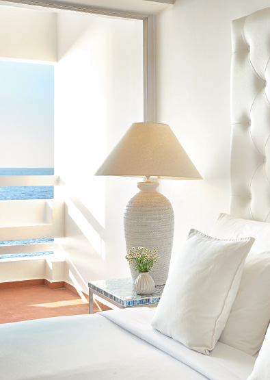 Sea-view -Double-Guestroom-in-White-Palace-Resort