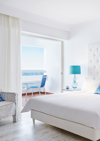 Sea-view-Guest-Room-in-Crete-White-Palace