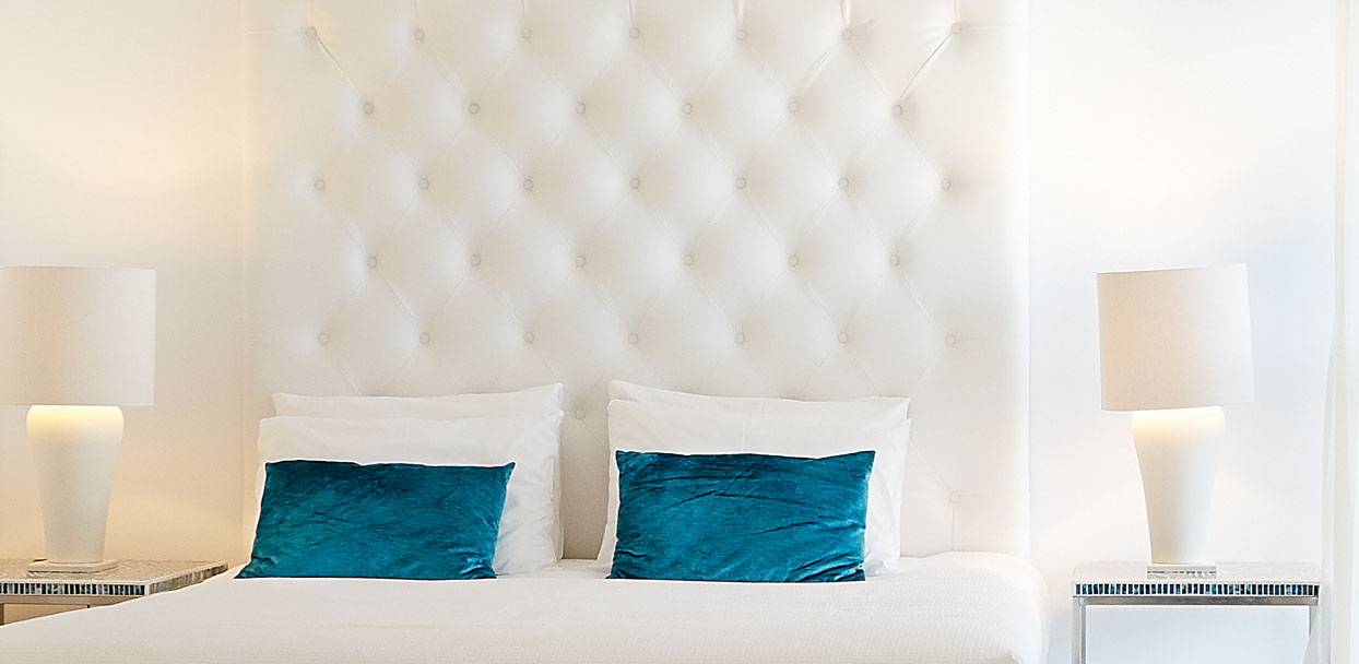 02-Double-Guestroom-in-Crete-White-Palace