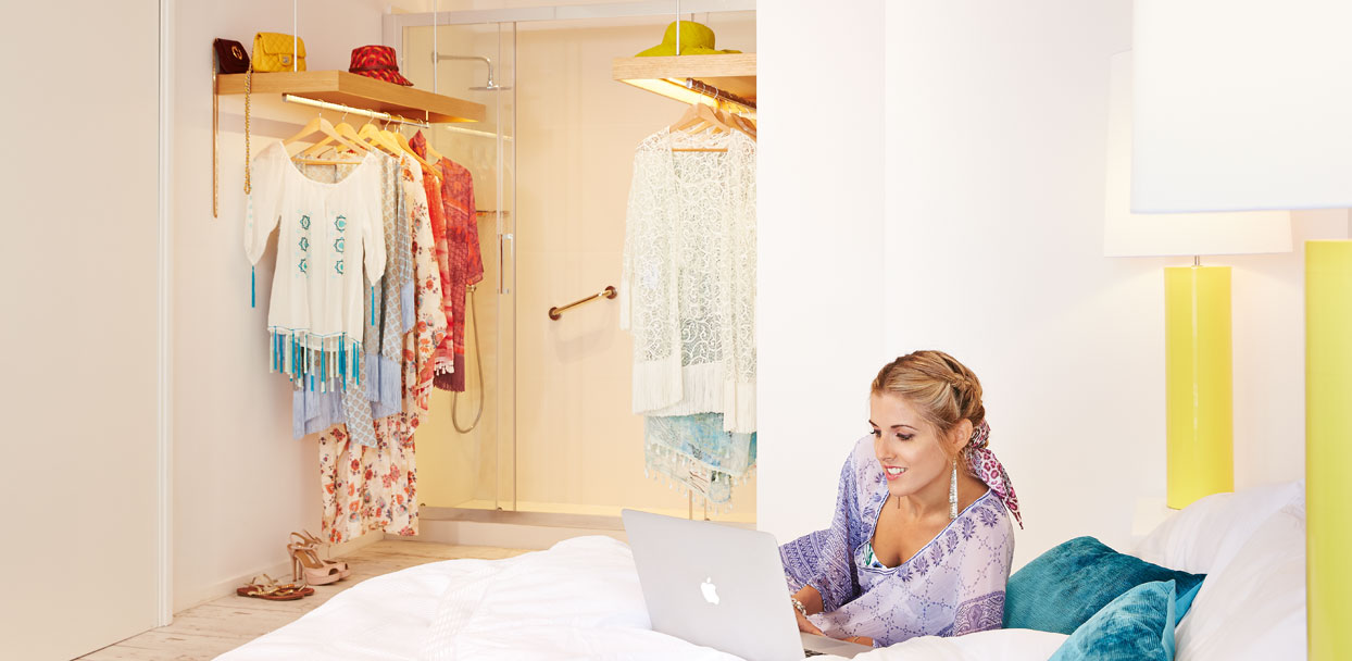 02-Crete-Luxury-Sea-View-Guest-Room