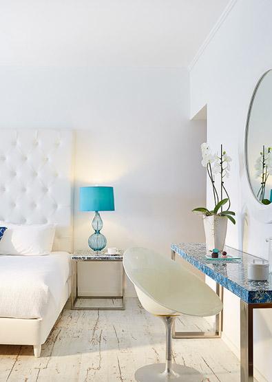 Superior-Guestroom-with-Sea-View-in-Crete