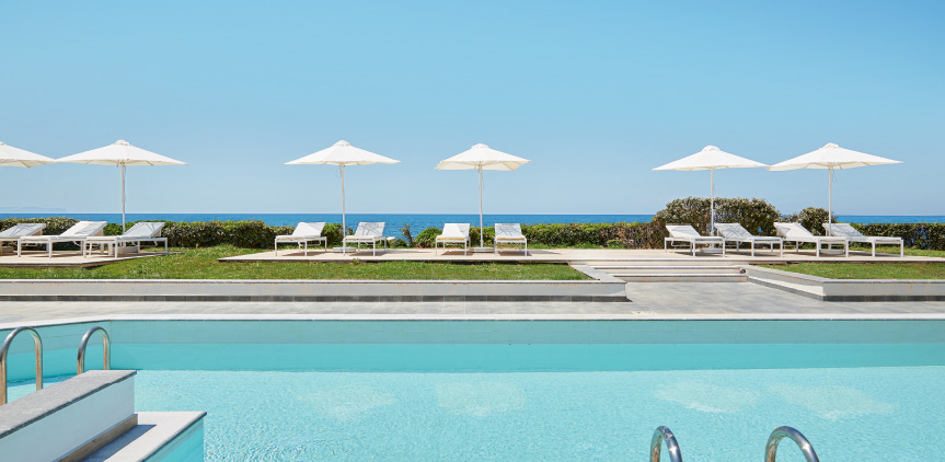 06-Lux-me-Swim-Up-Bungalow-Sea-View-Sharing-Pool