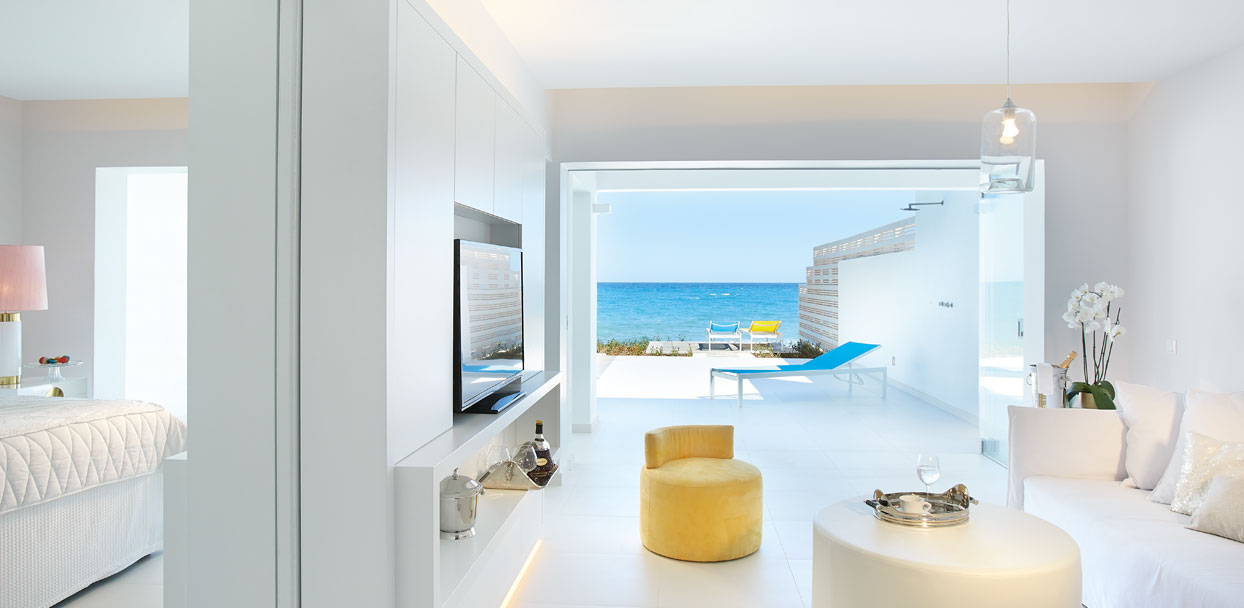 03-Luxe-Yali-Suite-with-pool-in-Crete-Greece