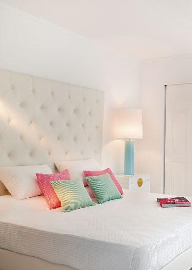 Petit-Yali-Suites-Sharing-Pool-Crete-Luxury-Hotel