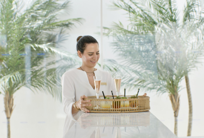01-one-24-7-restaurant-for-snacks-and-more-in-white-palace
