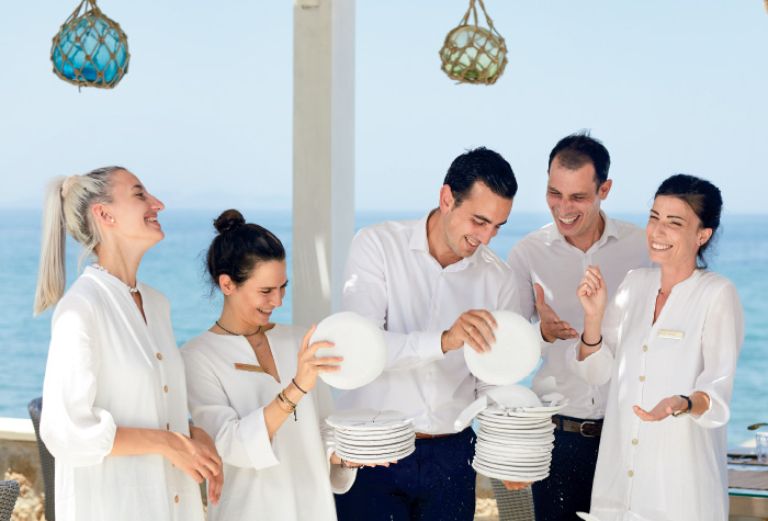 01-special-dining-in-grecotel-white-palace-in-crete