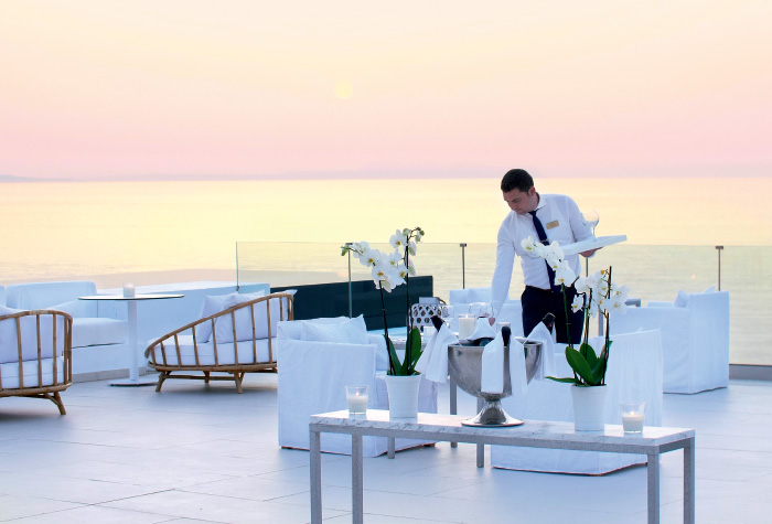 02-special-occassions-and-dining-preferences-in-grecotel-white-palace-in-crete