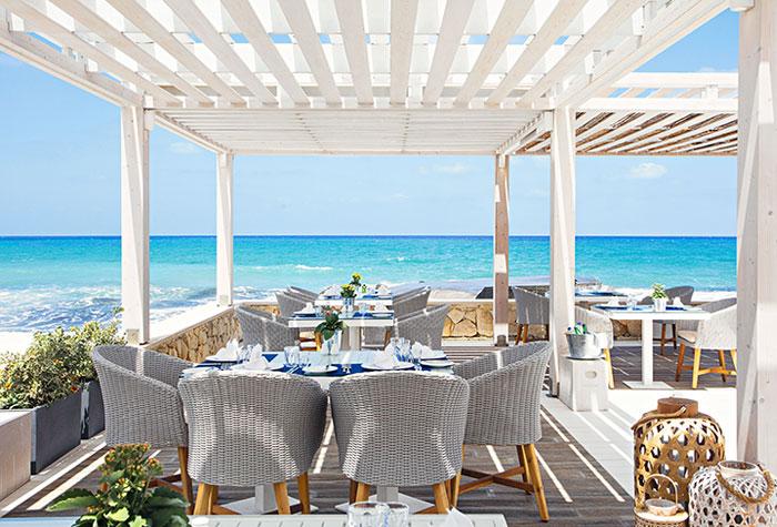 01-white-palace-the-taverna-greek-restaurant