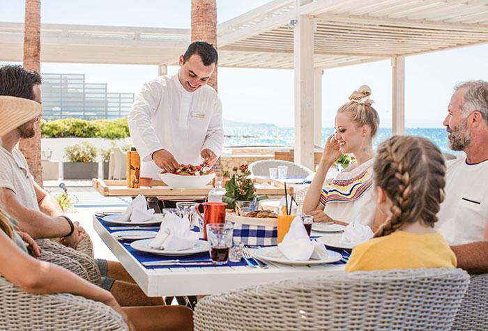 02-white-palace-the-taverna-greek-restaurant