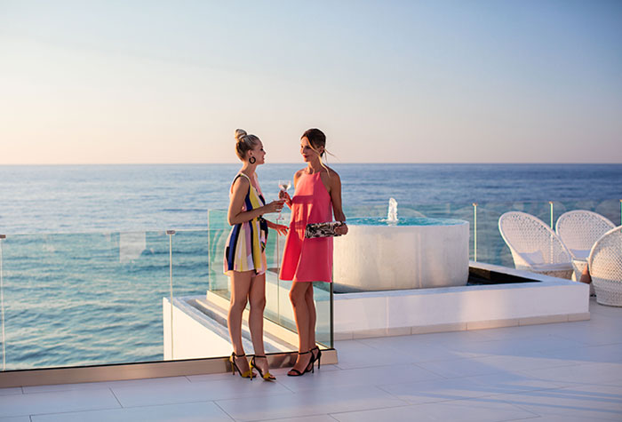 01-useful-information-in-white-palace-luxury-resort