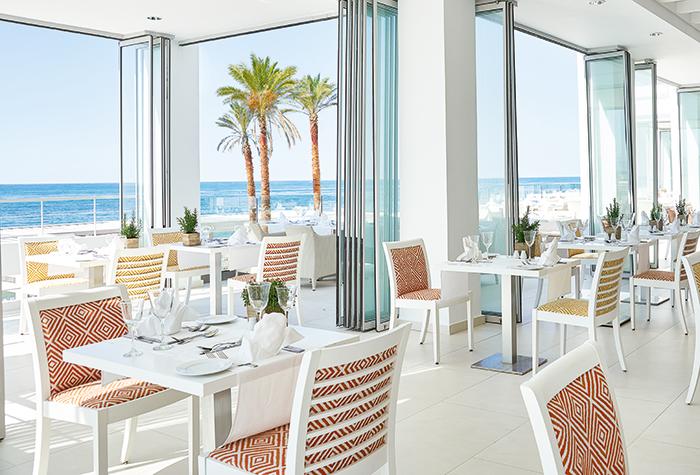 white-palace-ventanas-il-mar-mediterranean-restaurant-01