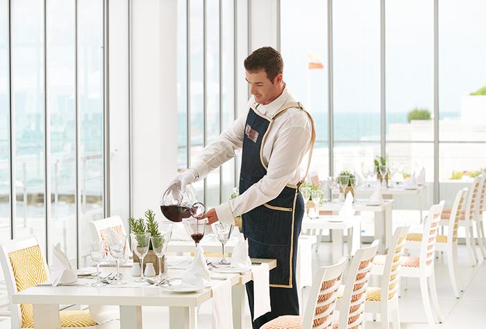 white-palace-ventanas-il-mar-mediterranean-restaurant-02