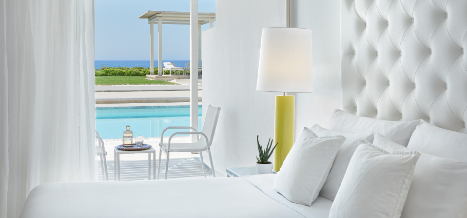 06-renovated-rooms-simple-design-acommodation-in-grecotel-white-palace-in-crete