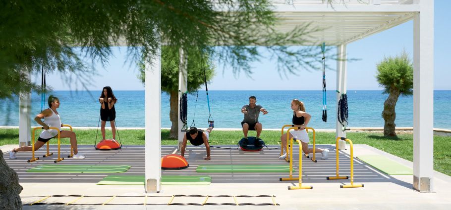 09-fitness-activities-with-sea-view-in-grecotel-white-palace-resort-in-crete-greece