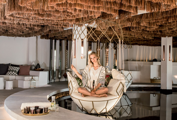 05-honeymoon-services-in-grecotel-white-palace-lux-me-resort-in-crete