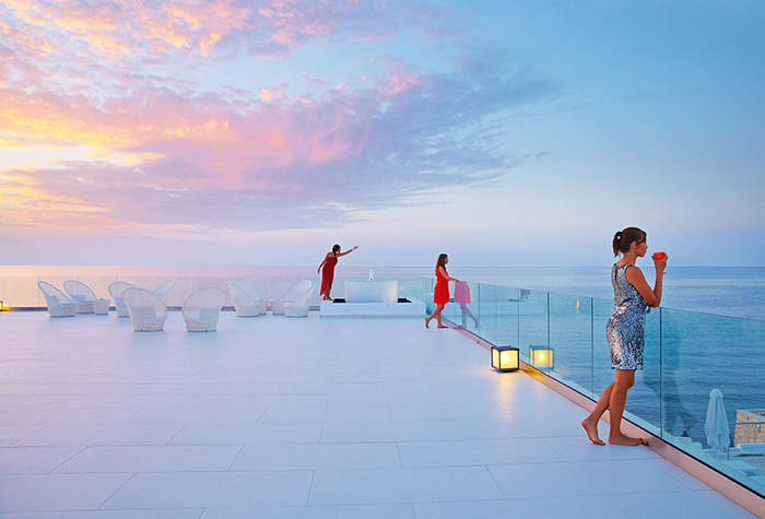 Amazng-Sunsets-In-White-Palace