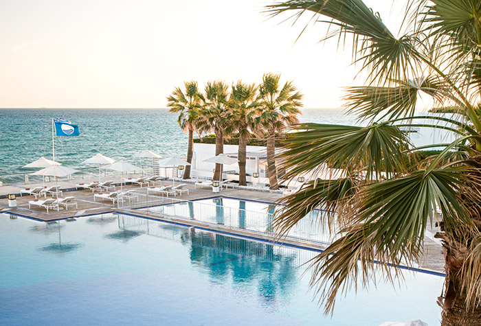 Beach resort in Rethymno Crete - White Palace