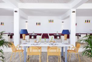 10-italian-restaurant-in-grecotel-white-palace-dining-in-crete-greece