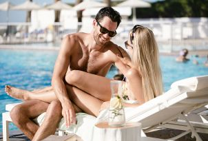 16-white-palace-luxury-resort-in-crete-light-fare-by-the-pool