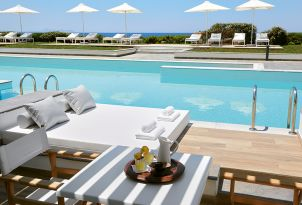 25-swim-up-bungalow-with-sea-view-in-grecotel-white-palace-in-crete-greece