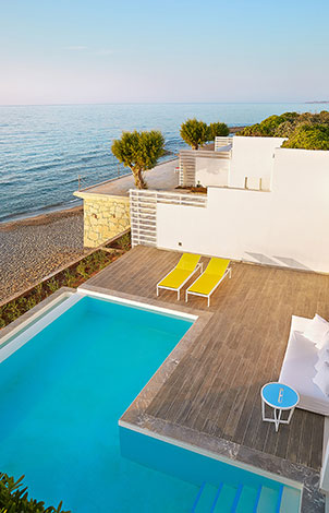 waterfront-accommodation-with-pool-in-crete