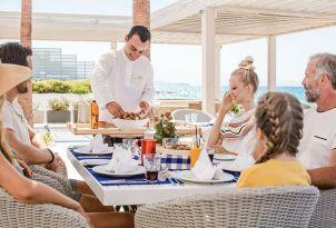 white-palace-luxury-resort-fine-dining-in-crete-taverna-greek-a-la-carte-restaurant