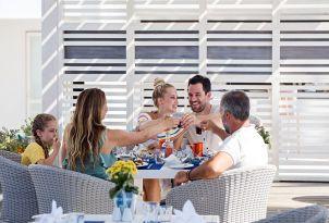 white-palace-luxury-resort-fine-dining-taverna-greek-a-la-carte-restaurant