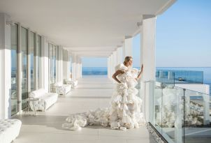 white-palace-luxury-resort-wedding-ceremony-in-crete