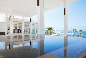 white-palace-resort-in-crete-greece