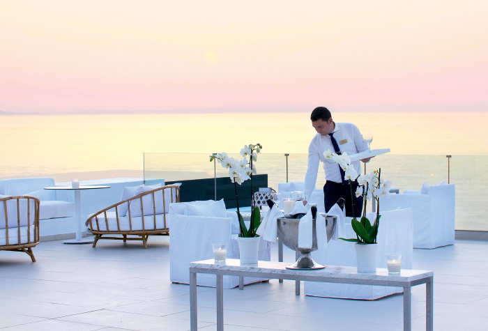01-the-perfect-wedding-ceremony-in-crete-grecotel-white-palace-lux-me-resort